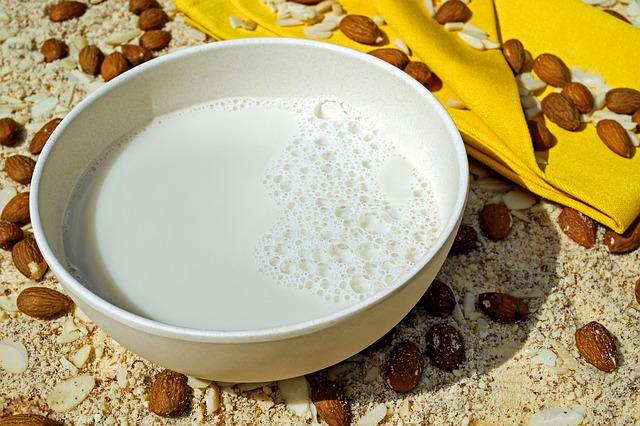 Milch Mandel